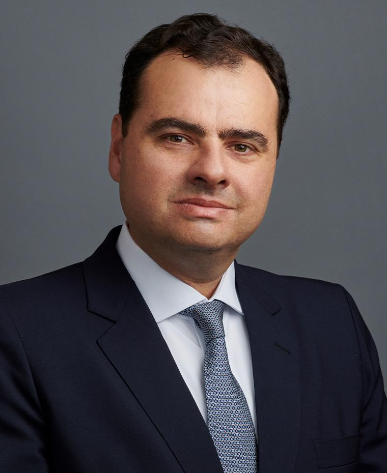 Henrique Martins, Managing Partner, CEO Brazil