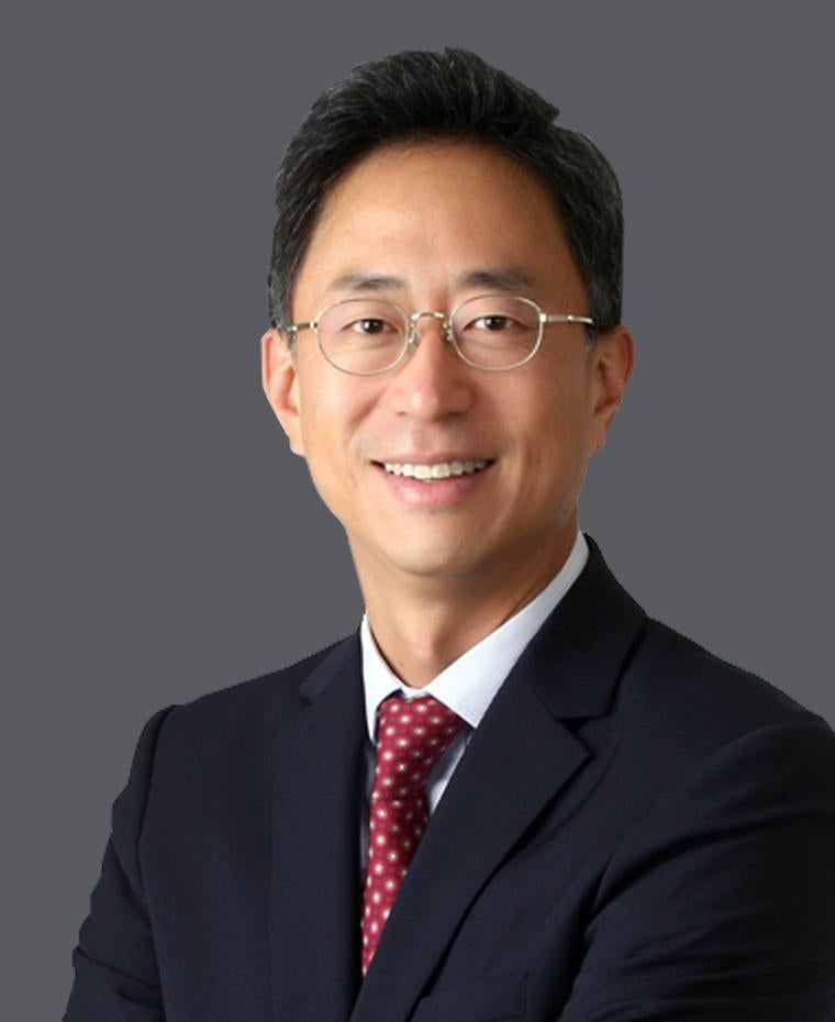 Jinseuk Lee, Managing Director, Private Funds